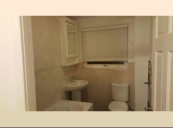 EasyRoommate UK - Houseshare in Old Trafford - Old Trafford, Manchester - £325 pcm