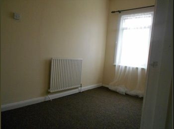 EasyRoommate UK - The perfect room at the perfect price - Enfield, London - £500 pcm