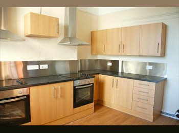 EasyRoommate UK - Looking for someone to take over my tenancy - Mutley, Plymouth - £380 pcm