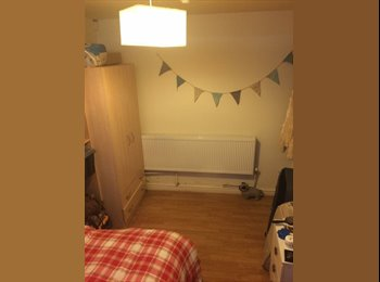 EasyRoommate UK - Double room available to rent  - Fallowfield, Manchester - £329 pcm
