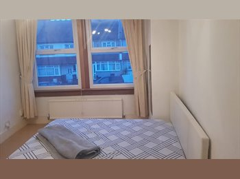 STUNNING DOUBLE ROOM AVAILABLE NOW