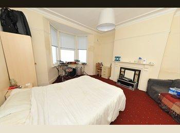 2 BEDROOM PROPERTY TO LET IN HEATON