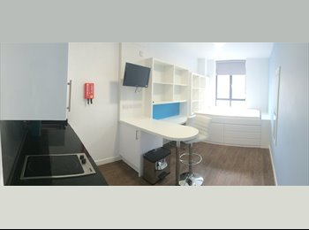 EasyRoommate UK - Luxury Studio Apartment with Bills Inc. - Bristol City Centre, Bristol - £800 pcm