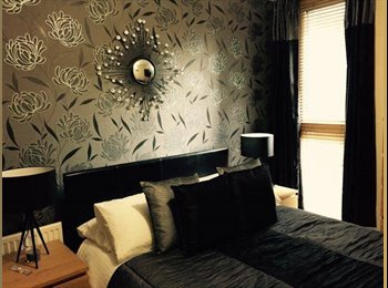 A stylish double room in a three bedroom apartment on...