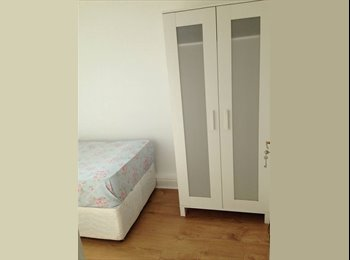 EasyRoommate UK - little warm confortable room close to manor house - Turnpike Lane, London - £620 pcm