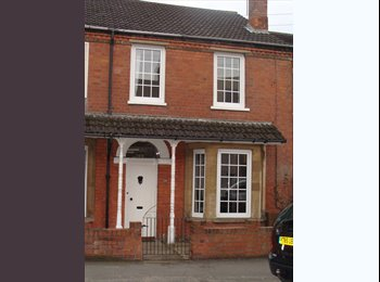 EasyRoommate UK - Very Clean and Tidy 4 Bedroom Houseshare West End Area Close Town Centre - Lincoln, Lincoln - £370 pcm