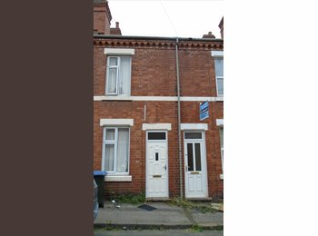 *** Students -Five Bedroom House, Gordon Street, Coventry,...
