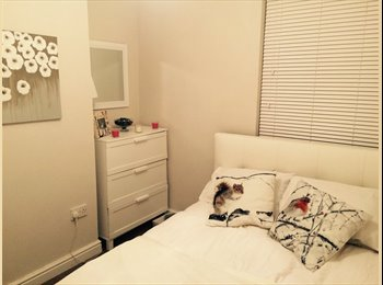 EasyRoommate UK - Furnished & modern room to rent in Reading bills included - Tilehurst, Reading - £500 pcm