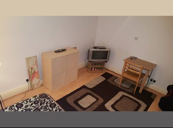 EasyRoommate UK - Double room to rent £550 pcm Includs TV,Bills,Int - East Ham, London - £550 pcm