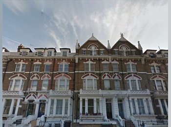 A fully furnished double room on Holland Road, Kensington...