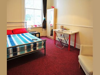 // .FANTASTIC THREE ROOMS AVAILABLE IN SAME HOUSE/BILLS...