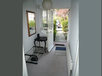 NICE TWIN ROOM TO RENT IN WEST ACTON- ZONE 3 - CENTRAL LINE...