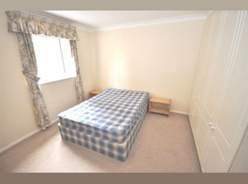 SUPPER LARGE DOUBLE ROOM IN WAPPING ALL BILLS INCL