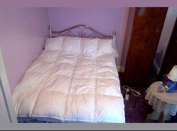 EasyRoommate UK - doubleroom - Old Trafford, Manchester - £400 pcm