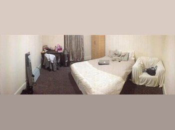 500£ PCM Double Room , Beautiful house, Station 10 min Walk