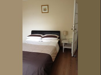 EasyRoommate UK - ***LARGE BRIGHT DOUBLE ROOM*** - Filton, Bristol - £430 pcm