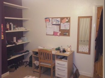 EasyRoommate UK - Two double rooms available! - Aubourn, Lincoln - £328 pcm