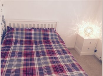 EasyRoommate UK - Stunning double room ina modern garden flat - Streatham, London - £650 pcm