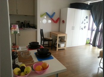 EasyRoommate UK - Studio Flat in London - Bow, London - £1,300 pcm