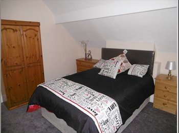 EasyRoommate UK - Beautiful Double Room in a newly refurbished House - Edgbaston, Birmingham - £425 pcm