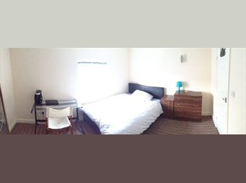 EasyRoommate UK - City Centre En-Suite Double Available mid-December - Derby, Derby - £425 pcm