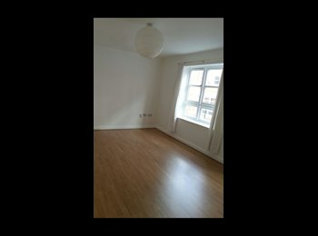 EasyRoommate UK - 2 Double bedroom to let in Jewellery Quarter  - Winson Green, Birmingham - £800 pcm