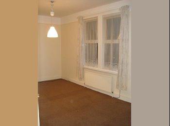 Ensuite Room, Tottenham