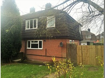 EasyRoommate UK - Refurbished Three Bed Property Available Now - Chesterton, Newcastle under Lyme - £495 pcm