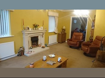 EasyRoommate UK - Super large detached house - Dronfield, Chesterfield - £500 pcm