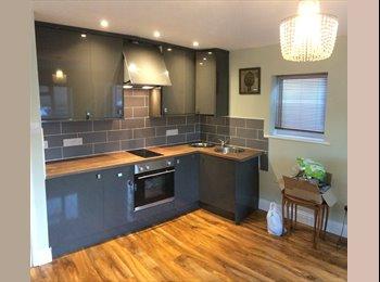 EasyRoommate UK - Luxury Apartment - Up Hatherley, Cheltenham - £500 pcm