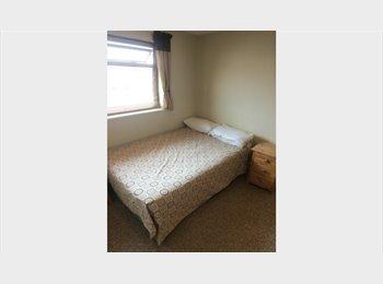 EasyRoommate UK - Double-Room in Lovely House Share - Up Hatherley, Cheltenham - £400 pcm