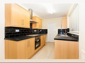 3 BEDROOM PROPERTY TO LET IN HOUGHTON LE SPRING | NO ADMIN...