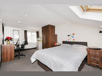 Large and luxurious Loft Double Room