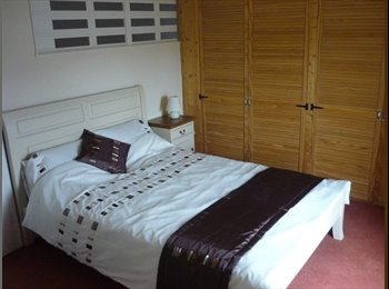 REDUCED - Spacious Double Furnished Rooms