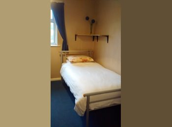 EasyRoommate UK - Single Room available in shared House, £280 pcm all bills inc - Bicester, Bicester - £280 pcm