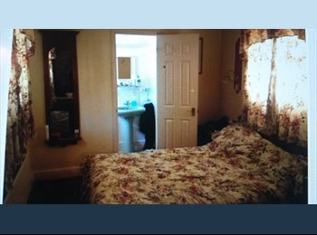 Double Ensuite furnished Room for Couples