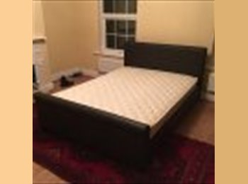 EasyRoommate UK - 2 double bedroom avaiable in a Victorian House - Rainham, London - £450 pcm