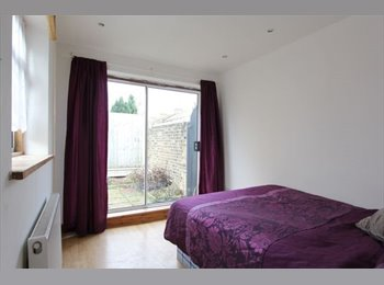 **VERY Large double room in a luxury Apartment**