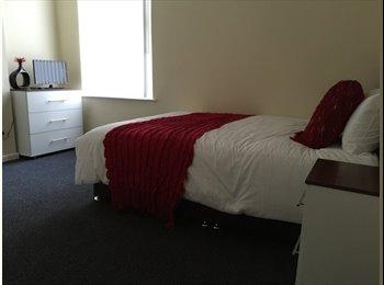 EasyRoommate UK - Newly refurbished house share! - Tuebrook, Liverpool - £340 pcm