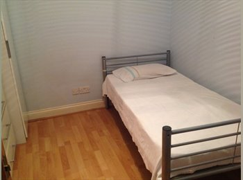 1 Single Room For Rent/Offstreet Parking & Very Big Garden...