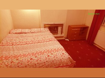 Rooms close to Wigan town centre and Tesco