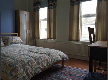 EasyRoommate UK - Great double room in Bexleyheath – £580 pcm - Bexleyheath, London - £580 pcm