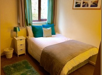 EasyRoommate UK - Double room to rent in Portishead. Mixed flatshare - Portishead, Bristol - £300 pcm