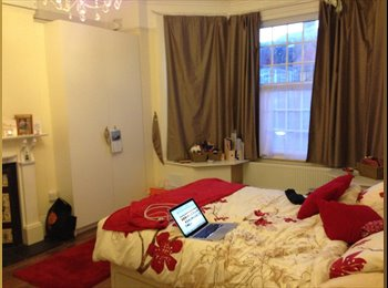 Gorgeous large double en suite bedroom