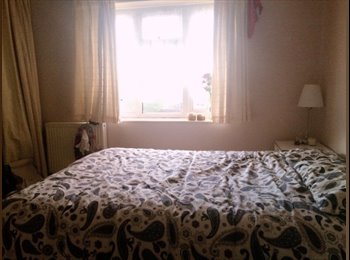 EasyRoommate UK - A double and a single room to let in bicester  - Bicester, Bicester - £450 pcm