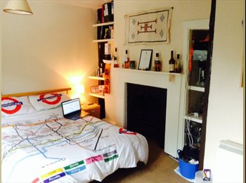 EasyRoommate UK - 5 bedroom student house to share bills inclusive - Canterbury, Canterbury - £425 pcm