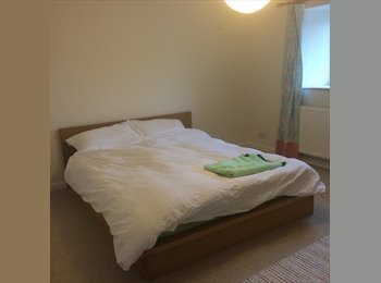 2 Large Double Room in North Petherton