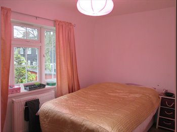 EasyRoommate UK - Double bedroom available in a quiet house - Burnt Oak, London - £490 pcm