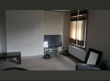Very large double room in refurbished property in Smethwick