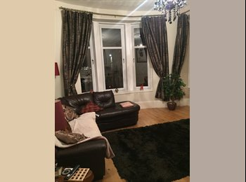 EasyRoommate UK - Double room for rent in Cessnock  - Govan, Glasgow - £375 pcm